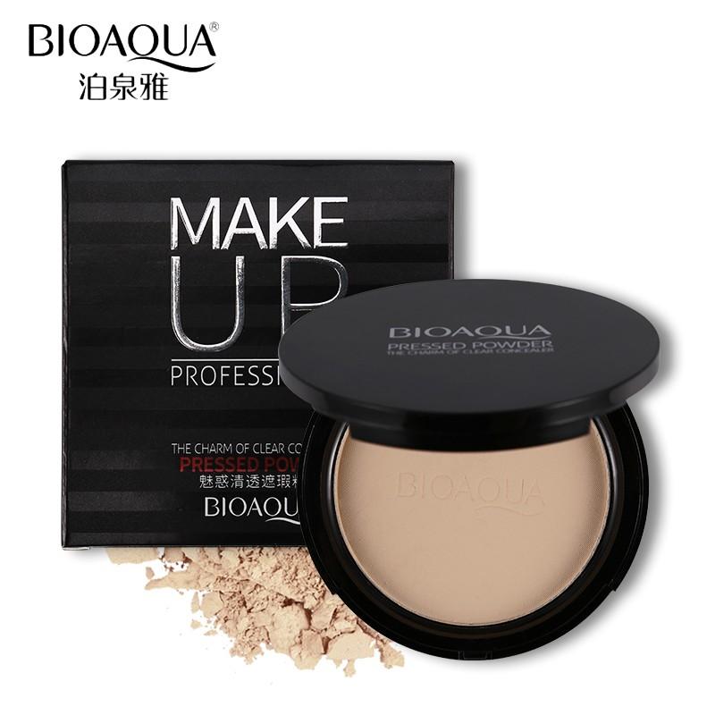 """Пудра матирующая компактная с зеркалом """"BioAqua Proffessional Make Up"""""""